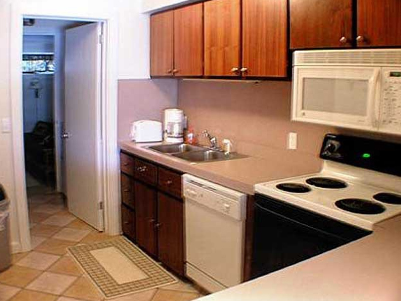 Attached Lodges - Raccoon 4 Kitchen